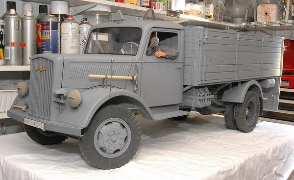 Opel Blitz - Build