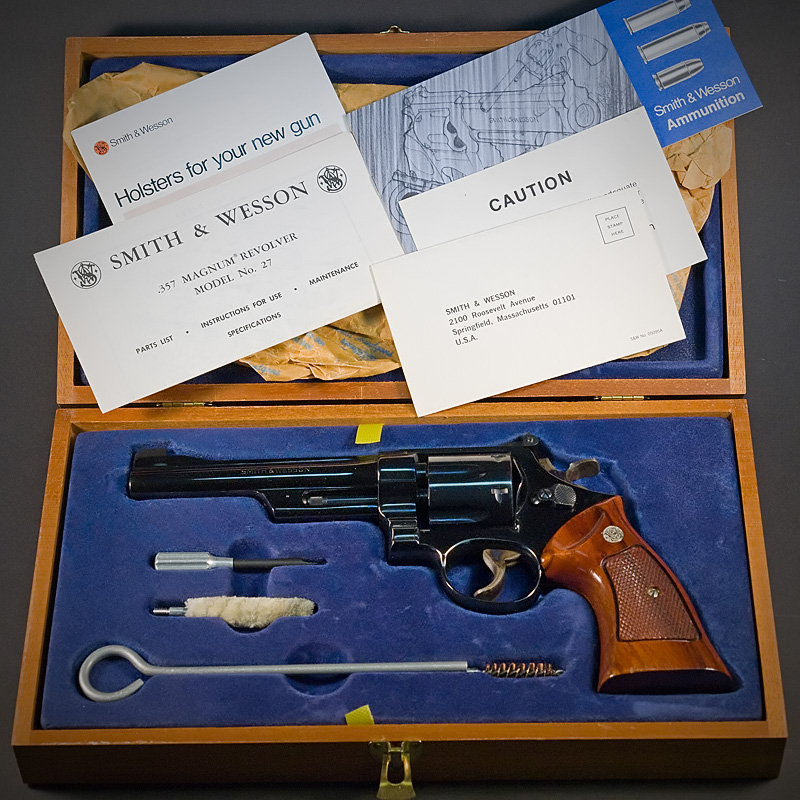 The 27-2 came with a presentation box, cleaning tools and papers which add to it's value among collectors.