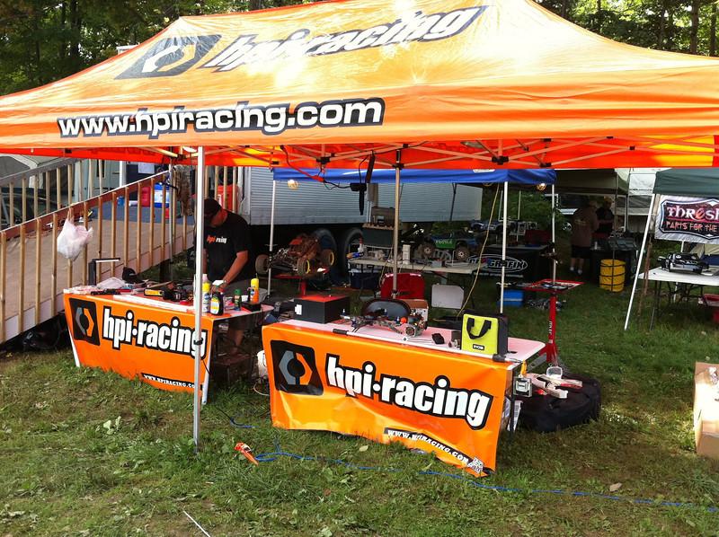 HPI Racing pit