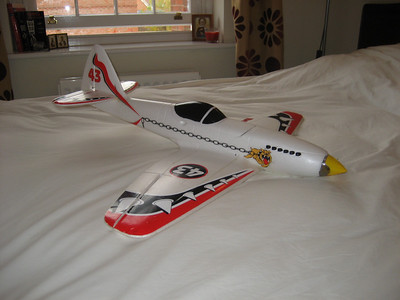 The Canopy and Exhaust stacks are now painted and an Irvine spinner fitted, this plane has now completed 107 flights as of 30/10/2011 SUPERB PLANE.It is fitted with an EMAX 2815 - 1400Kv motor, 60amp Turnigy Plush ESC and a APC 8 X 8  (475 watts) REALLY VERY FAST.Or TGS Sport 8 X 7 Propeller ( 420 watts)