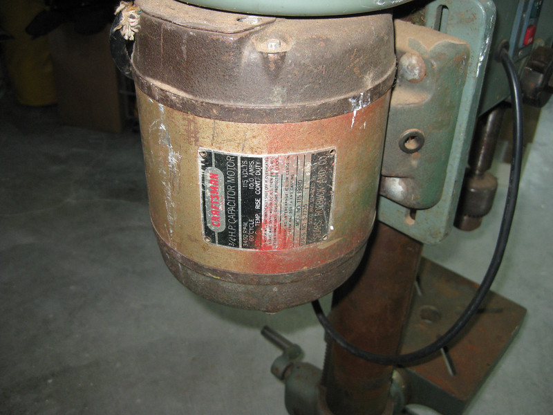 Apparently, someone replaced the original drive motor with this Craftsman 3/4 HP unit. According to the P/N, this was originally installed on a 1958 Craftsman table saw.