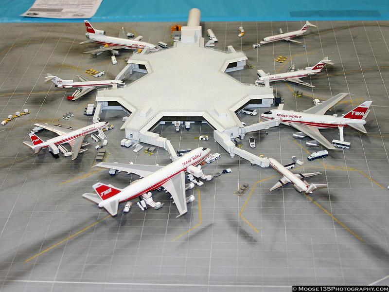 1/400 TWA Terminal 5 - JFK