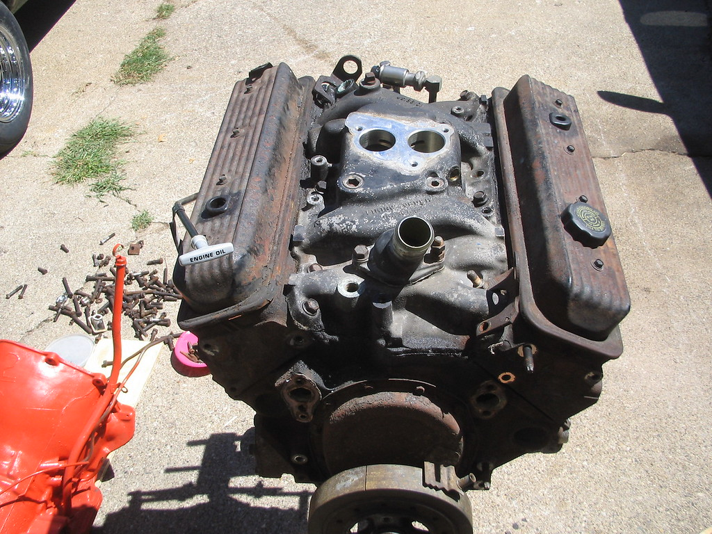 This is a new 350 that I recently got for the Nova. It's a 1992 motor that originally was a TBI. I'll do the full conversion to carb.