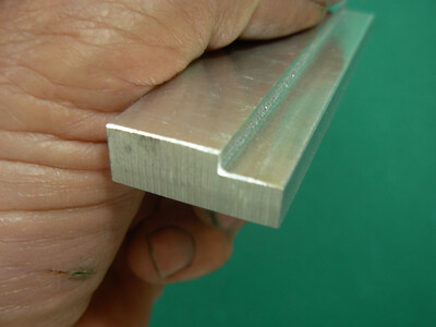Block for setting predefined blade heights, this block will set blade at 1/8, 1/4, or 3/8 heights.i
