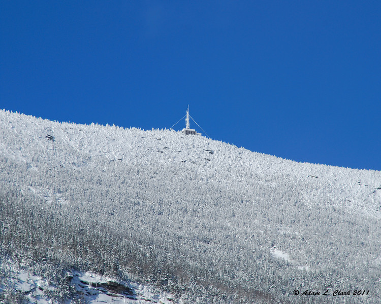 The observation building on the summit of Cannon Mtn