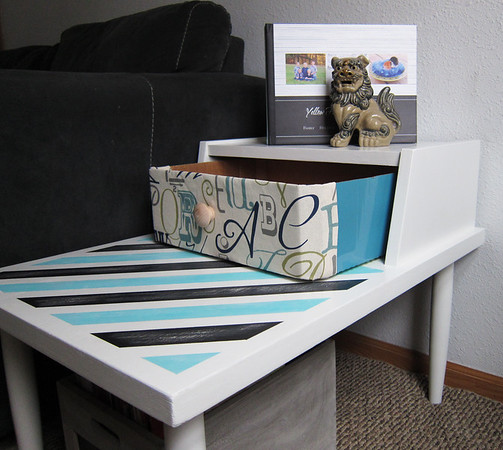 How cute is this little storage bin!  Want to know what it's made out of?