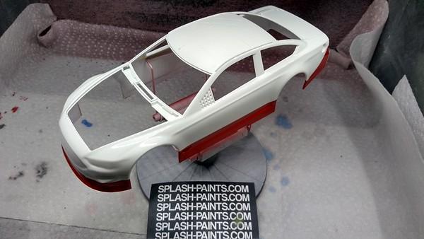 Revell NASCAR Ford Fusion - Kevin Harvick Mobil 1