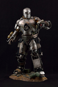 1:6 Action Figure - Iron Man MK I (Iron Man 1)