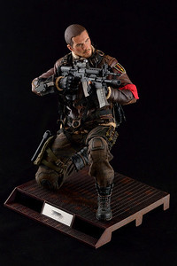 1:6 Action Figure - John Connor (Terminator Salvation)