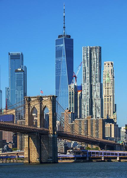 Brooklyn bridge WTC and downtown NYC