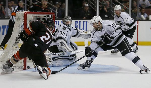 NHL Los Angeles Kings Johnathan Quick White PRESEASON