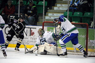 Okotoks Oilers vs Calgary Canucks Dec 10 2011