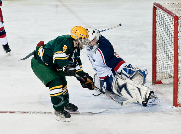 Picture of the week. A toe save on the breakaway !