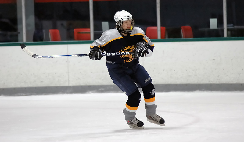 Clarkston JV Hockey 02-06-10 image 037_edited-1