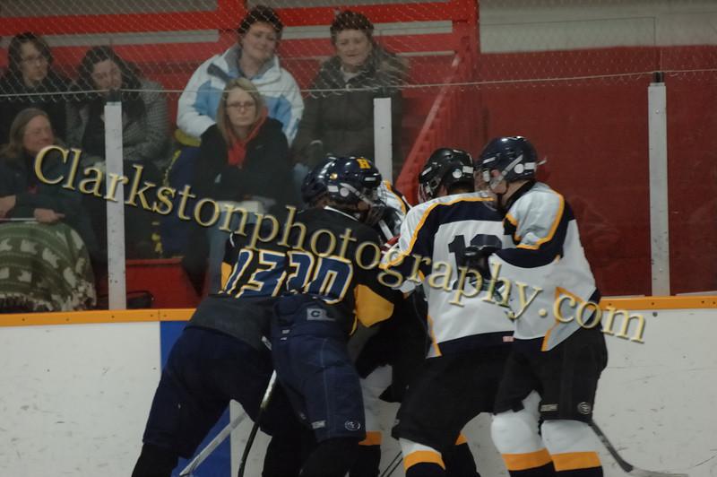 Clarkston JV Hockey 01-19-10 image093