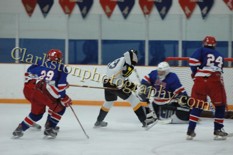 Clarkston JV Hockey 01-09-10 image022