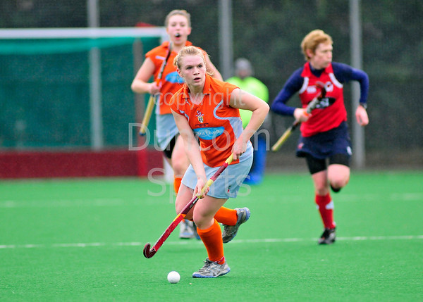 MC Western Ladies v Giffnock. A Scottish Division 1 hockey match at Titwood on 25th February 2012.