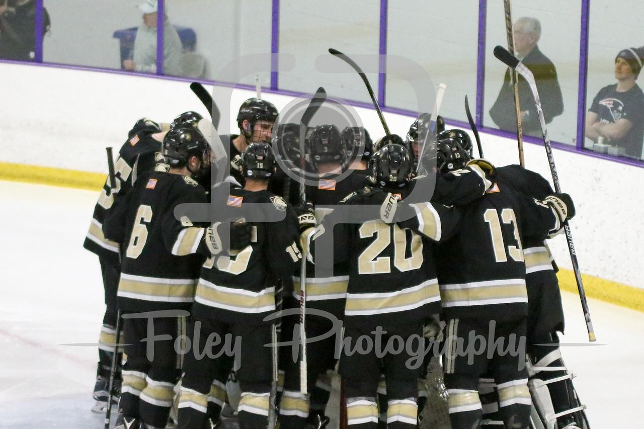Army pregame huddle