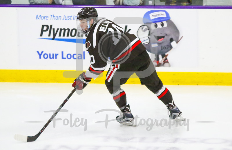 Brown Bears forward Max Willman (10)