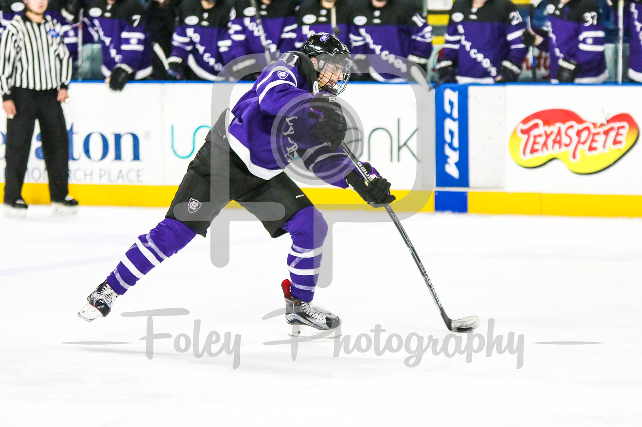 Holy Cross Crusaders forward Michael Laffin (11)