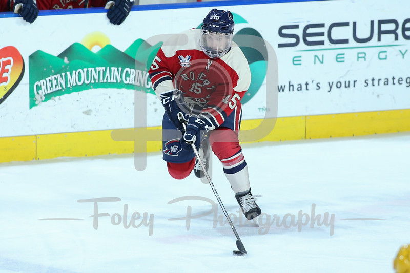 Robert Morris Colonials forward Spencer Dorowicz (15)