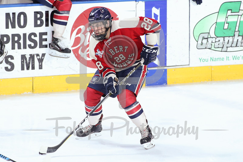 Robert Morris Colonials forward Luke Lynch (28)