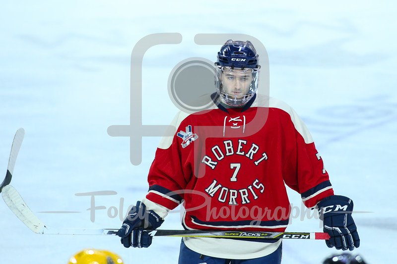 Robert Morris Colonials forward Michael Louria (7)