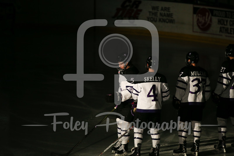 Holy Cross Crusaders defenseman Spencer Trapp (5)