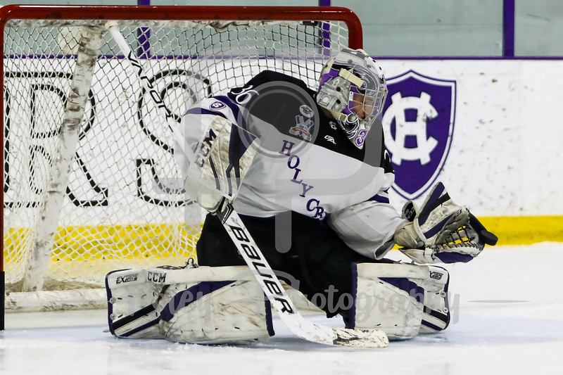 Holy Cross Crusaders goaltender Paul Berrafato (36)