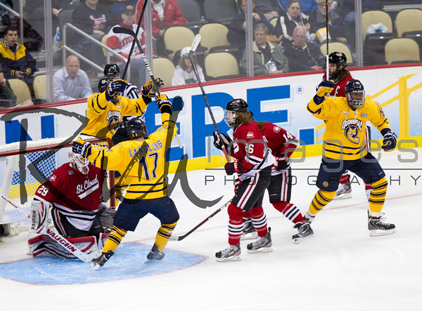 Quinnipiac jumped all over St. Cloud State in the NCAA semifinals on Thursday, April 11, 2013, rolling to a 4-1 victory to set up an all-Connecticut showdown with rival Yale for the championship on Saturday, April 13, 2013.