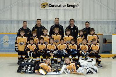 Team Picture at the Tonawanda Return Game at Coronation