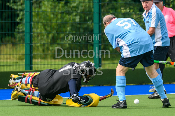 21 August 2017 at the National Hockey Centre, Glasgow Green. Grand Masters Hockey European Cup 2017. Over 75s match - Southern Cross Blue v Alliance