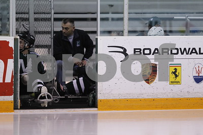 0414-1310-EU-MinnesotaNorthern_-TexasSledHockey