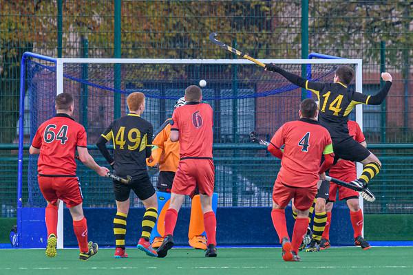 2 November 2019 at Old Anniesland, Glasgow. Scottish Hockey Men's Premiership match - Hillhead v Dundee Wanderers