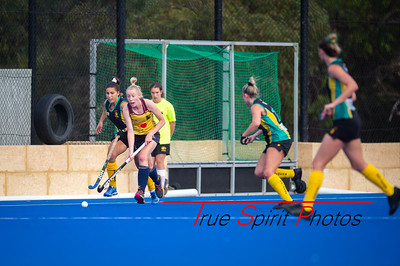 Ladies_Premier_1_Round#3_Hockey_NC_Raiders_vs_Lions_Warwick_05 05 2019-10