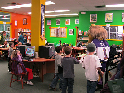 Max the Mascot visits the library 2011