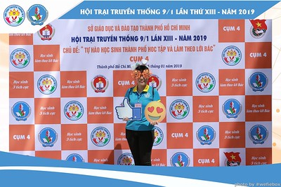 Hoi-Trai-Truyen-Thong-Cum-4-Photobooth-in-BinhChanh-HoChiMinhCity-Chup-hinh-in-anh-lay-lien-su-kien-tai-Saigon-WefieBox-Photobooth-Vietnam-024