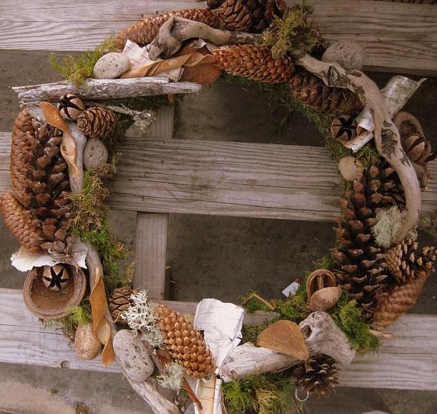 Wreath Round Cones