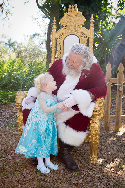Santa Mini Sessions 2017: Annelisa and Santa!