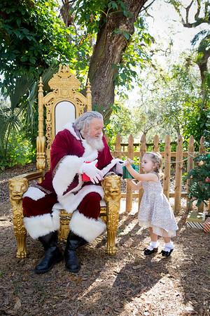 Santa Mini Sessions 2017: Artemis and Santa!