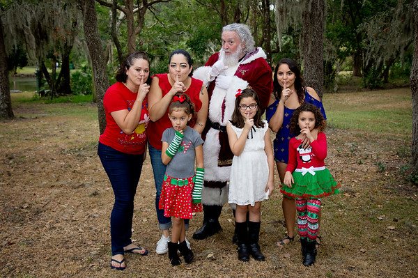 Santa Mini Sessions 2017: Evie, Sofia, McKenzie, and Santa!