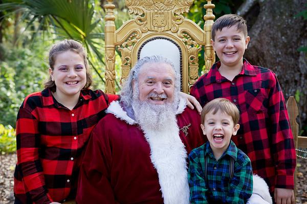 Santa Mini Sessions 2017: Gideon, Tyler, Genevieve, and Santa!