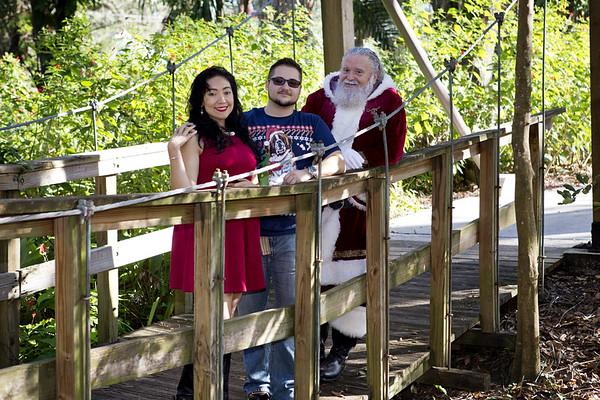 Santa Mini Sessions 2017: Leo, Alincia, and Santa!