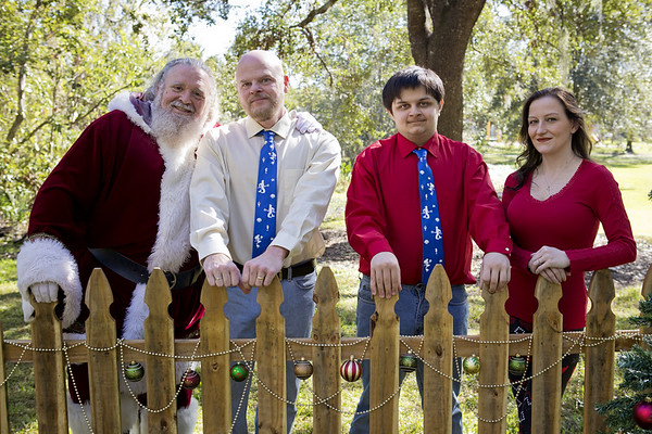 Santa Mini Sessions 2017: Mike, Hillary, Mikey and Santa!