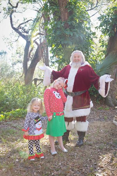 Santa Mini Sessions 2017: Sarah, Hazel, and Santa!