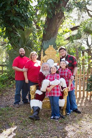 Santa Mini Sessions 2017: The Gomez Army and Santa!