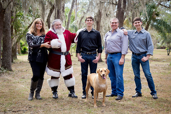 Santa Mini Sessions 2017: The Kehrmeyers and Santa!
