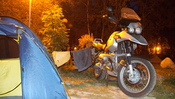 """The """"Tuttelbaer"""" is a true multi-purpose motorbike. It even dries the laundry!"""