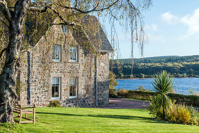 HIghland Escape - Loch Ness