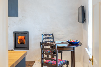 Holiday let photography of Hill Cottage on the Isle of Coll